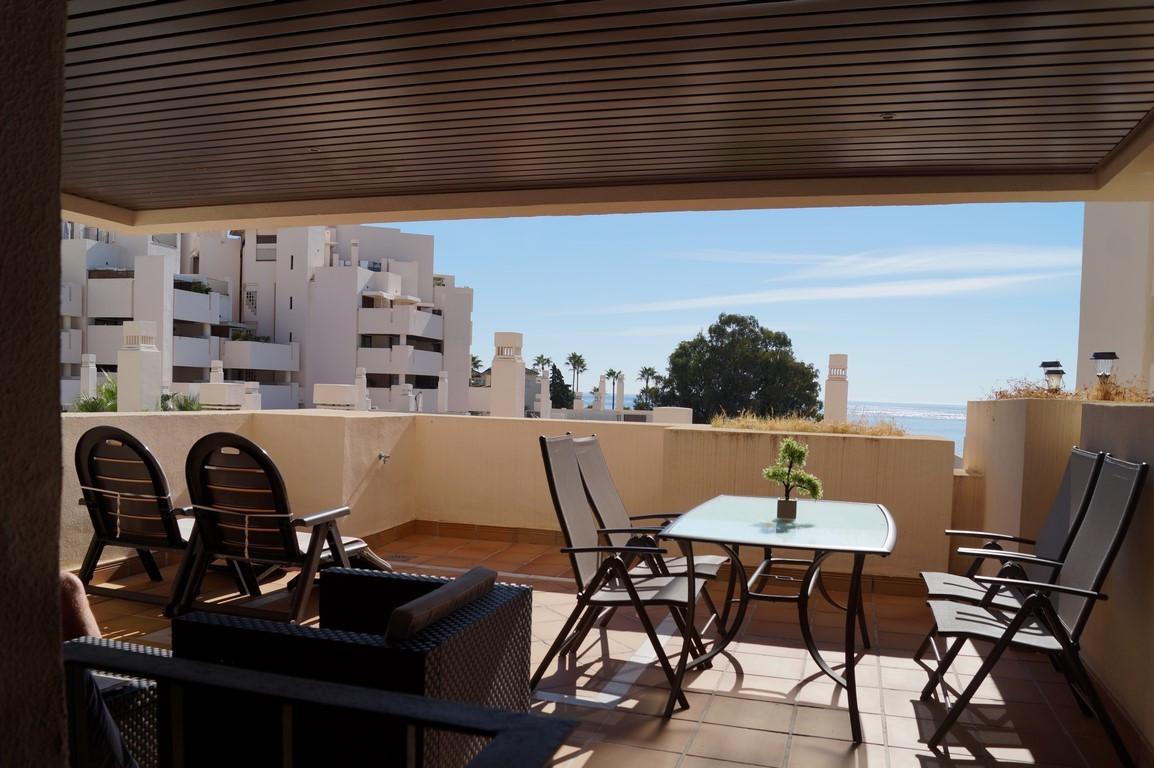 Middle Floor Apartment, Estepona, Costa del Sol. 1 Bedroom, 1 Bathroom, Built 115 m², Terrace 30 m².,Spain