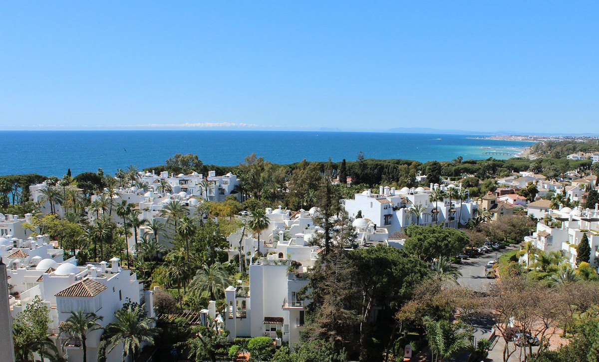 Beautiful duplex penthouse in one of the most sought after residential developments on Marbella',Spain