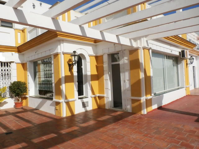 South-west orientated local premises located on a corner on the first floor in Commercial Center on ,Spain
