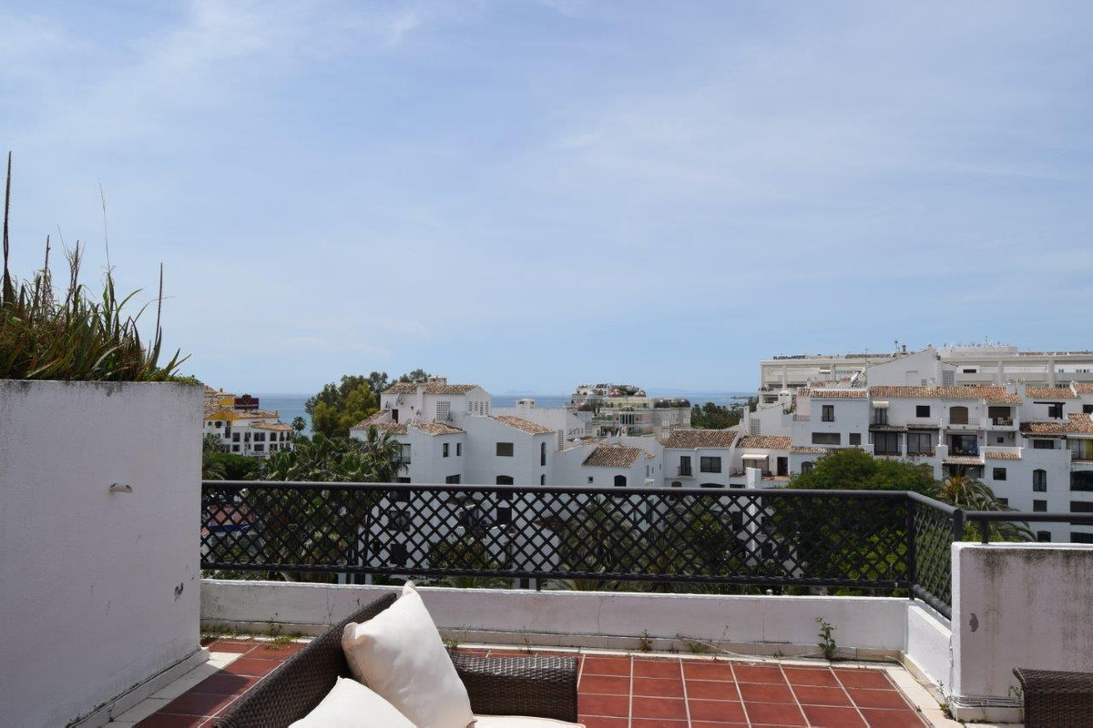 Really amazing  duplex penthouse in the center of Puerto Banus, which enjoys beautiful views to the ,Spain