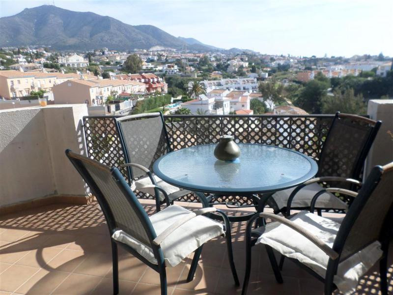 Bargain !! Great 3 bedroom apartment for sale with lovely views in Fuengirola on the Costa del Sol. , Spain