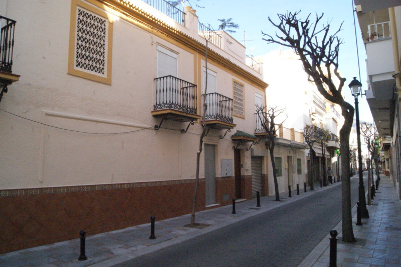 A fantastic opportunity to build a small hotel in a perfect location, 100 meters from the beach in t, Spain