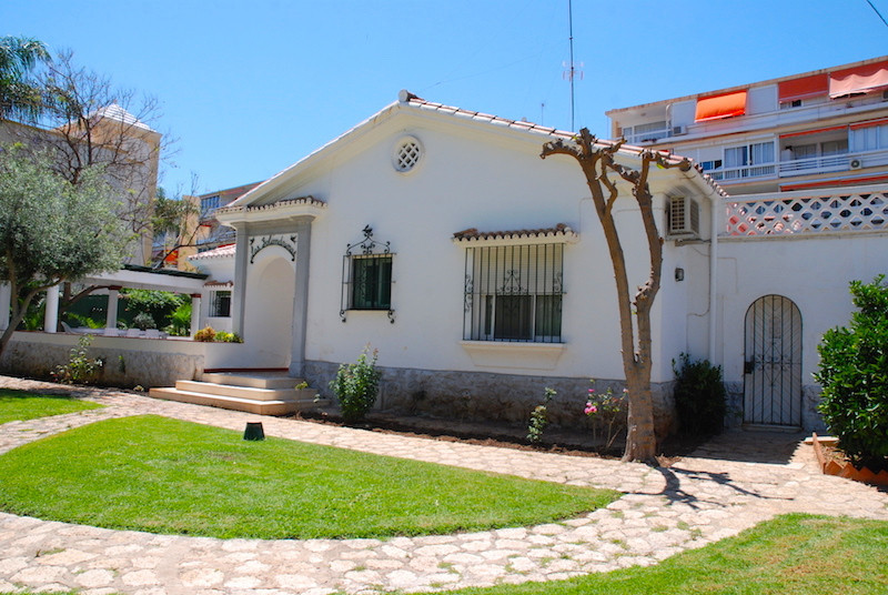 Unique urban plot in Carihuela beach (Torremolinos) Ideal for investors looking for space for a busi, Spain