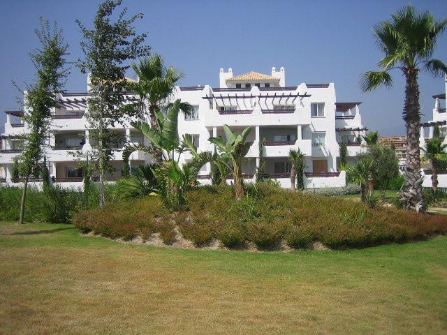 Apartment - Middle Floor, Estepona, Costa del Sol. 3 Bedrooms, 2 Bathrooms, Built 120 m², Terrace 60,Spain