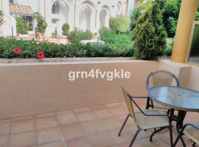 Ground Floor Studio, Elviria, Costa del Sol. 1 Bedroom, 1 Bathroom, Built 40 m², Terrace 12 m².  Set, Spain