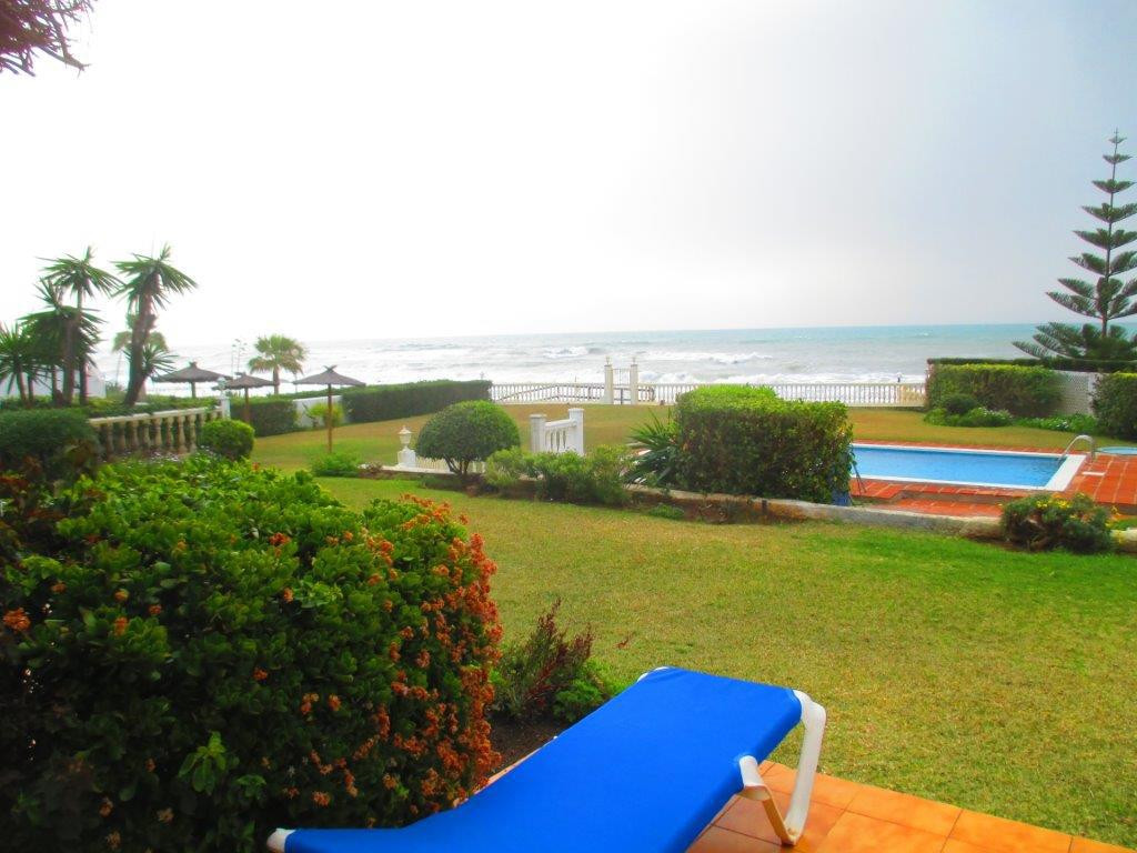 FRONT LINE BEACH TOWN HOUSE . MOST MAGNIFICENT PANORAMIC VIEWS TO THE SEA AND WALK DIRECT TO THE BEA,Spain