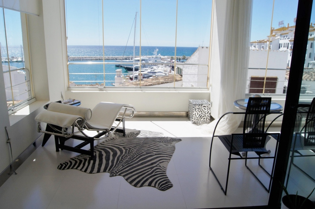 * Located in the second line of Puerto Banus Marina and with great Sea views.  Whether you want to r, Spain