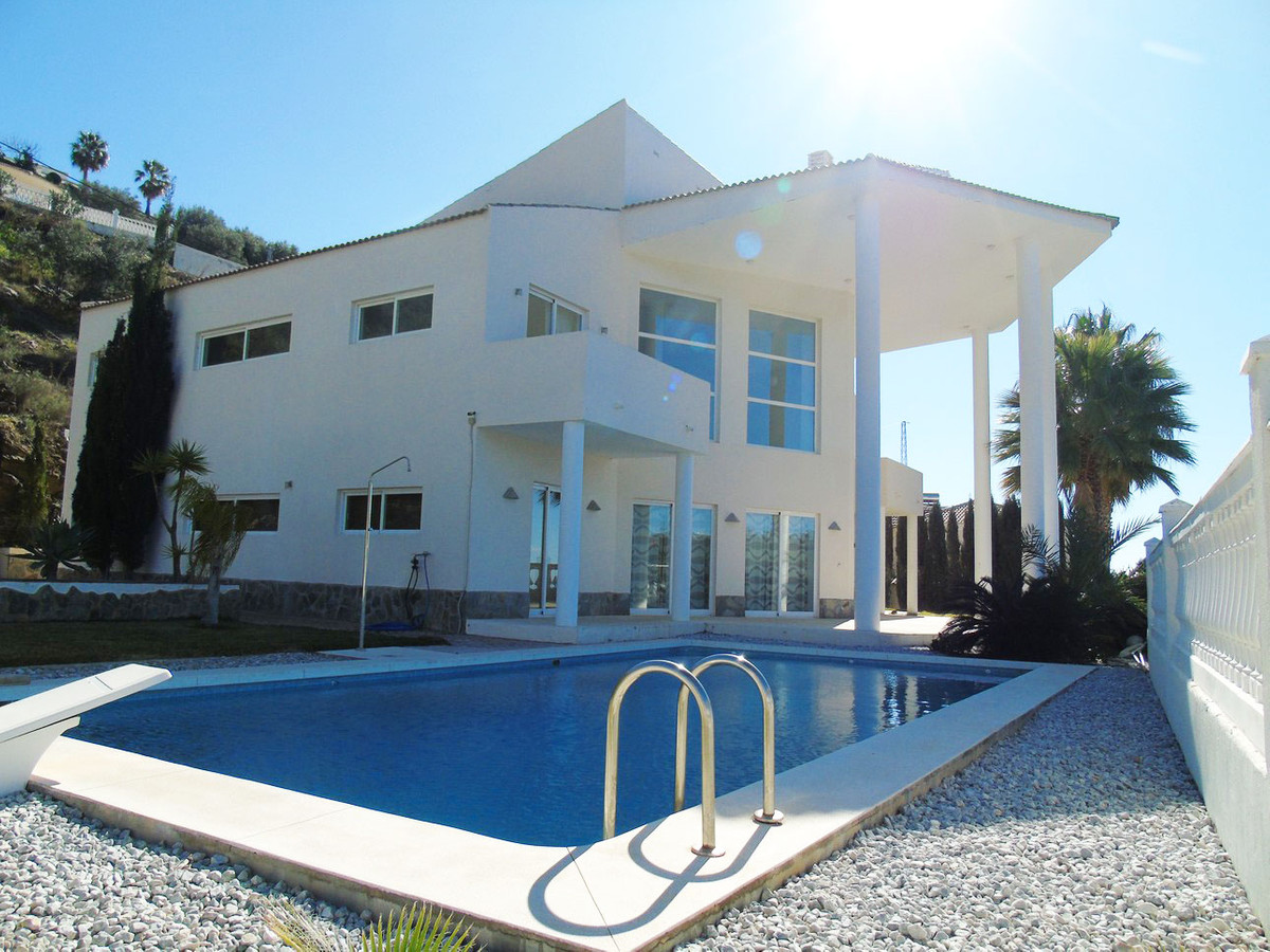 A Stunding Luxury villa in Arena with a modern design and panoramic views of the sea, is characteriz, Spain