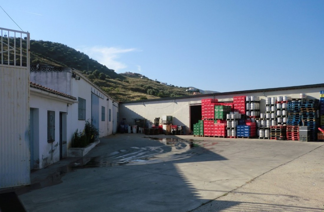 Storage halls / hangar Torrox  Spacious hall with many possibilities These large central located han, Spain