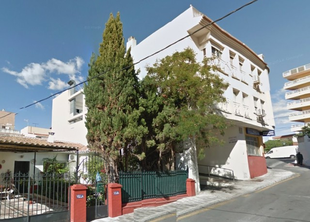 Originally listed for 75,000€ and recently reduced to 69,000€. Fabulous studio apartment located in , Spain