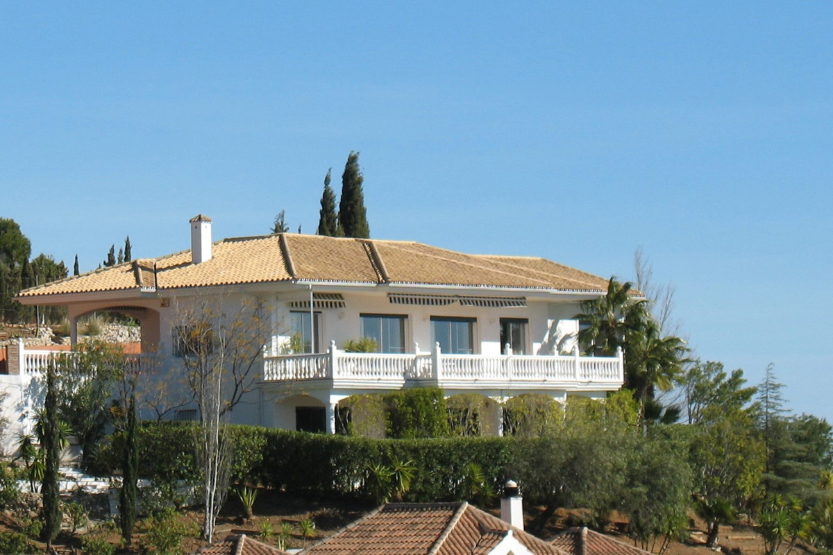 This country style villa of singular beauty and a touch of sophistication was a tailor made quality , Spain