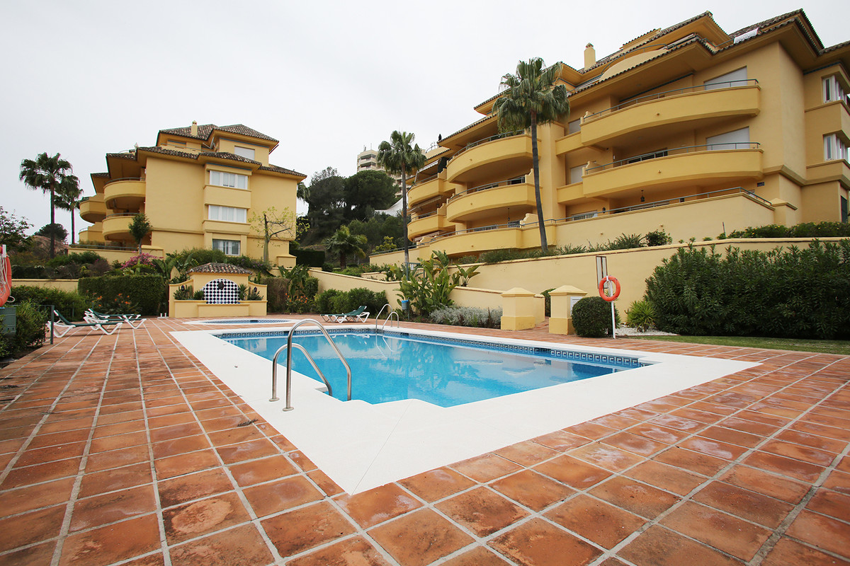 REDUCED FOR QUICK SALE TO 370000 €  BARGAIN!!.CHEAPEST THREE BEDROOM APARTMENT AT THE RESORT!!.  Fan, Spain