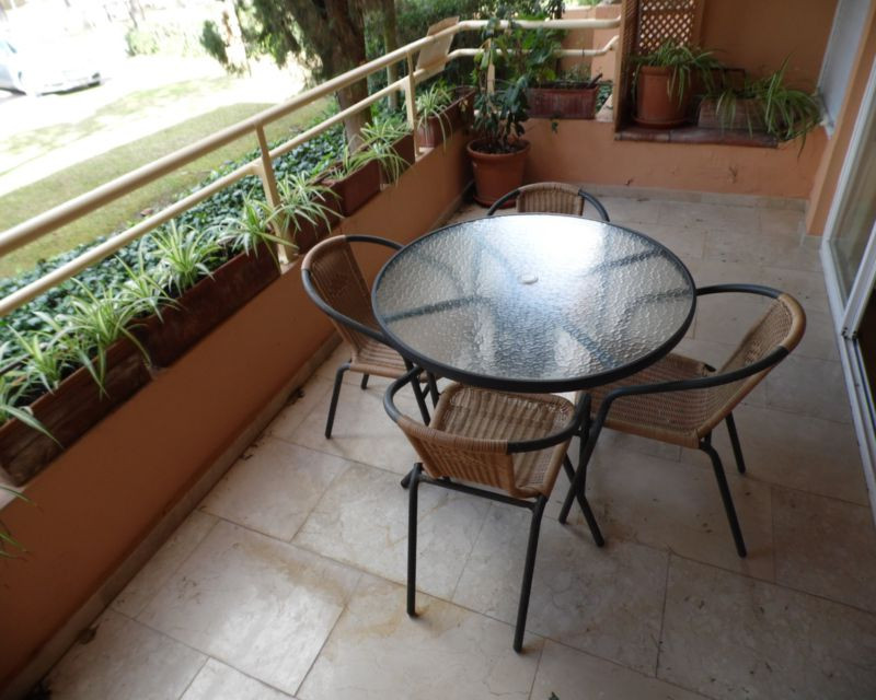 Renovated 2 bed 1 bath ground floor apartment in the much sought after area of Sotogrande. Just seco,Spain