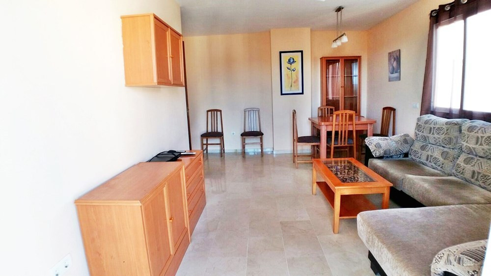 Apartment in one of the best areas of Estepona, in a quiet area, close to the Orchidarium. This prop, Spain