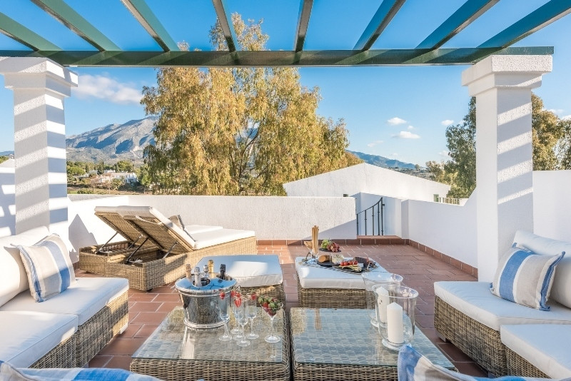 ALOHA GARDENS, NUEVA ANDALUCIA!! Impeccably refurbished townhouse in one of Nueva Andalucia's most p, Spain