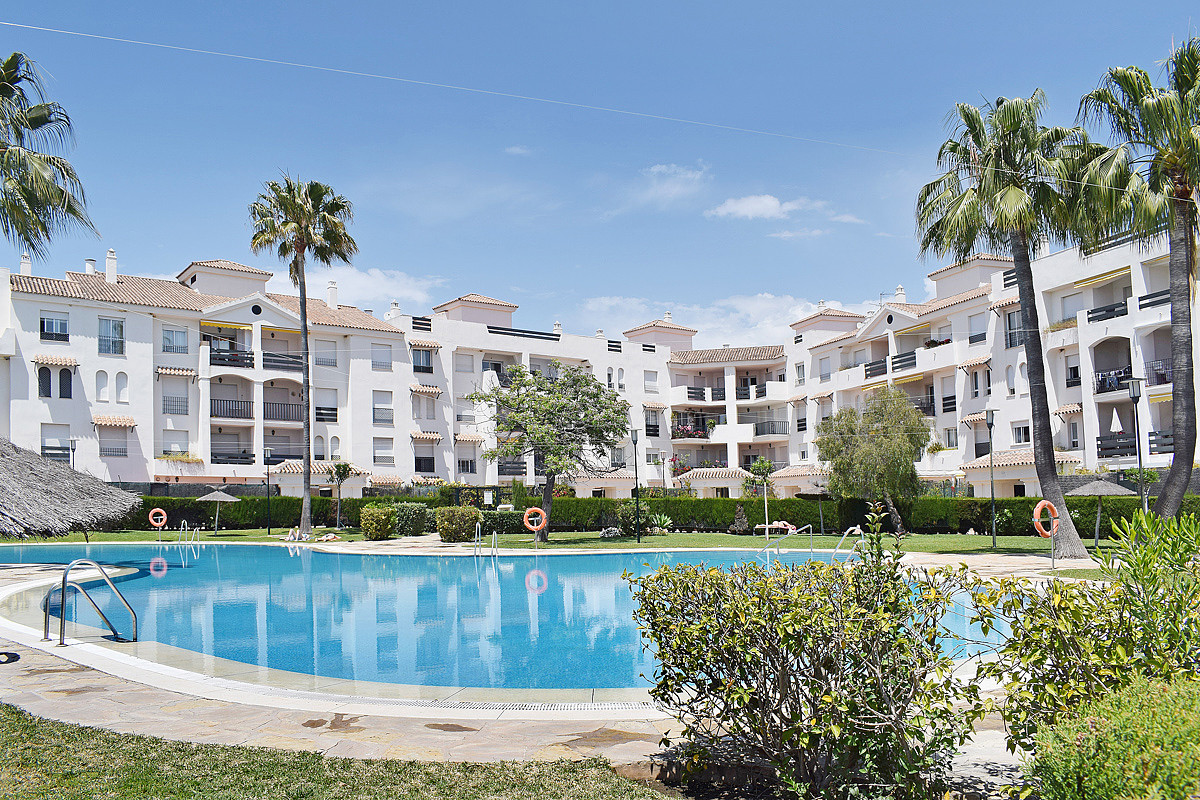 Beautiful apartment in perfect location.  This well planned apartment is located in Locrisur, just a,Spain