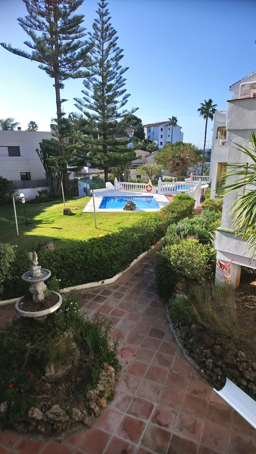 GREAT LOCATION FOR THIS TWO BEDROOM TWO BATHROOM APARTMENT IN LOWER RIVIERA CLOSE TO SHOPS, THE BEAC, Spain