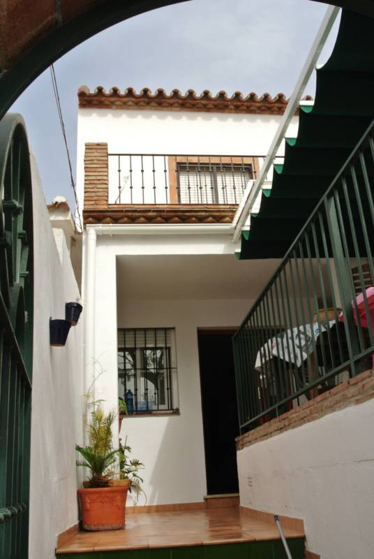 This was originally an Andalusian house, totally new from the ground and up.  It has the old charm i, Spain