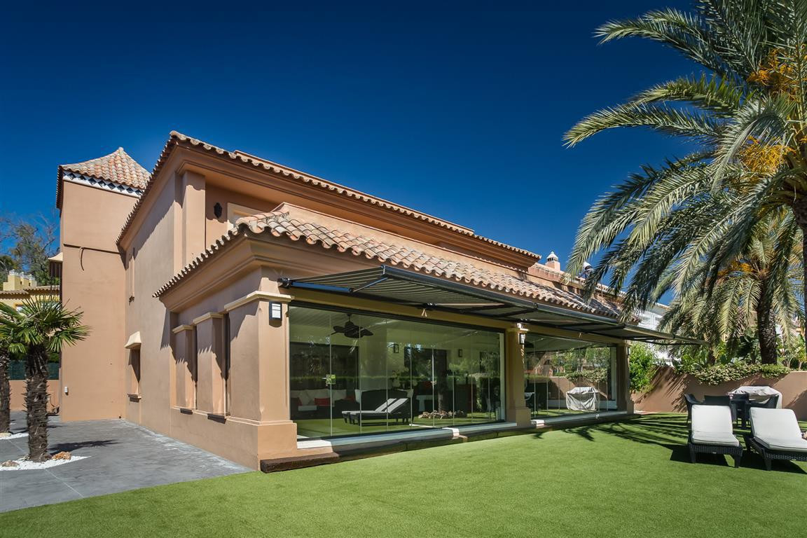 COMPLETELY RENOVATED 4 BEDROOM FRONT LINE GOLF VILLA IN A PRIVATE GATED COMMUNITY  A rare opportunit,Spain