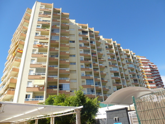 One bedroom apartment located near to the Benalmadena Marina, and only 50m from the beach. The apart,Spain