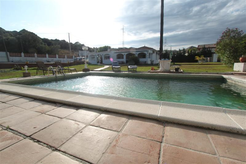 Fantastic property located in West Estepona area , is just 5 minutes from the beach , 7 minutes Este, Spain
