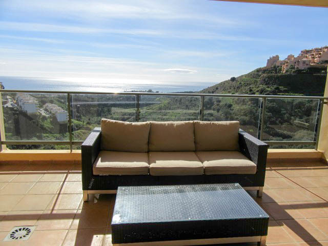 A stunning, modern 3 bedroom apartment with the most wonderful views across the Mediterranean. Just , Spain