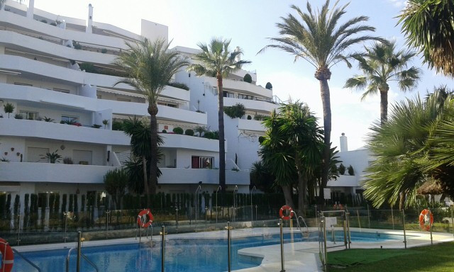 A very spacious 2 bed apartment in a very good residential location and only walking distance to all, Spain