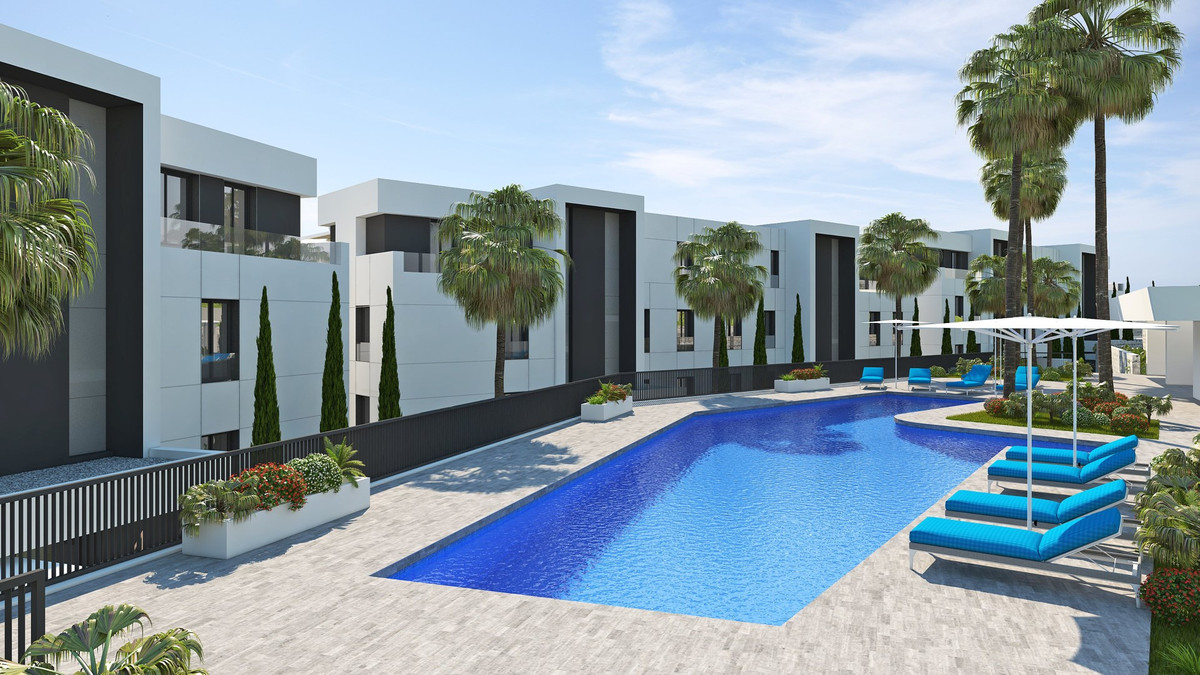 Resale in the new development Azahar, Nueva Andalucia.  This is a corner ground floor apartment with,Spain