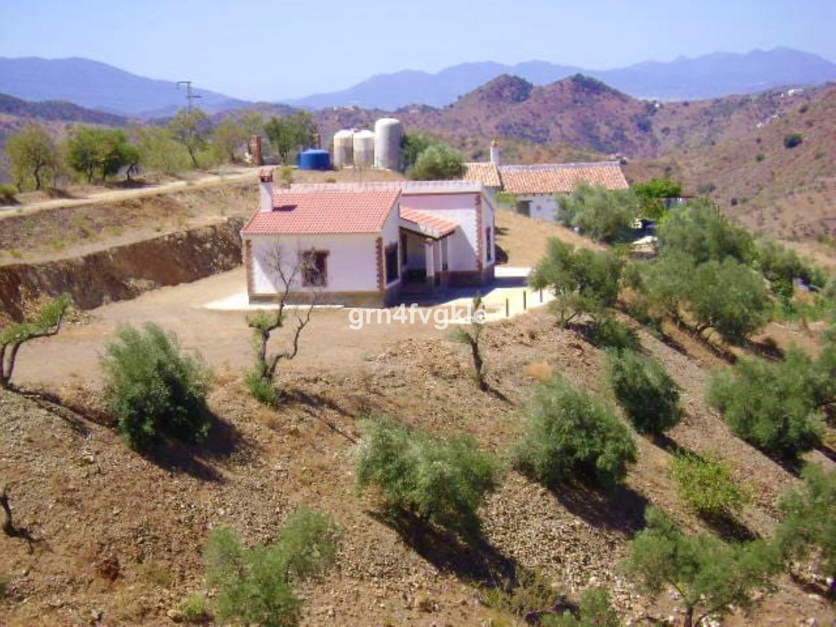 Finca - Cortijo, Almogia, Costa del Sol. 2 Bedrooms, 1 Bathroom, Built 80 m², Garden/Plot 5000 m². B, Spain