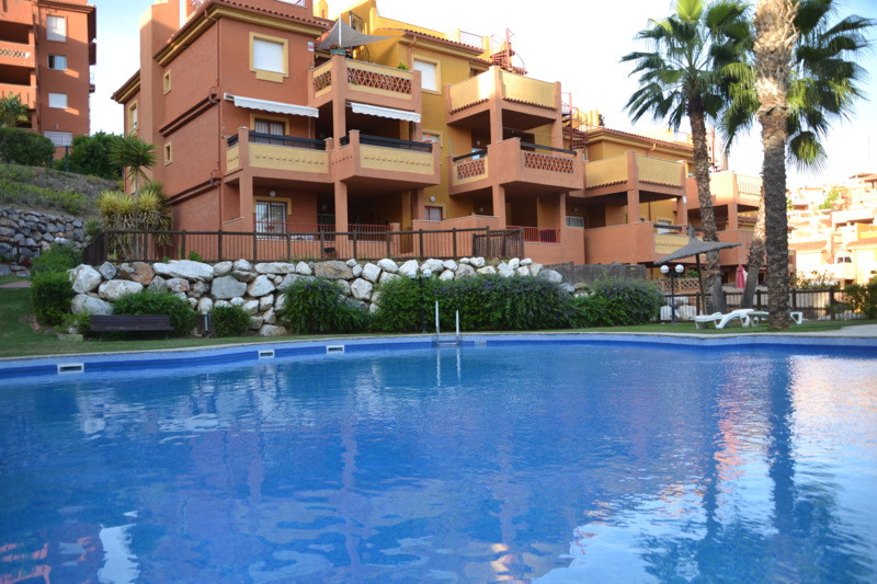 Two bedroom apartment with south west facing situated in quiet urbanizasion in Las Chapas. Urbanizac,Spain