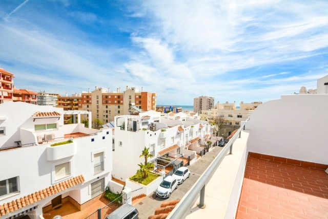 OPPORTUNITY!!!!  Nice renovated Townhouse in Torreblanca 5 minutes walk from the beach and amenities,Spain