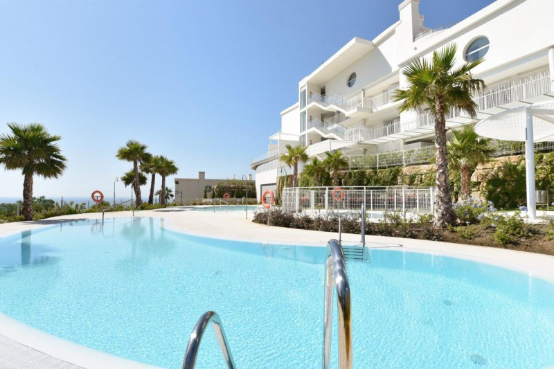 Luxurious new 2 bedroom / 2 bathroom apartment in the Hill Collection of Higueron in Benalmadena  .F,Spain
