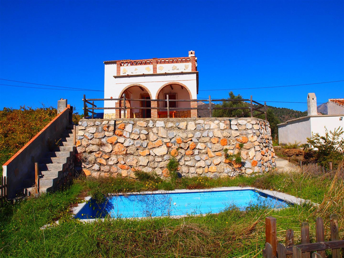 Beautiful finca with panoramic views to the mountains in Torrox. The excellent accommodation offers , Spain