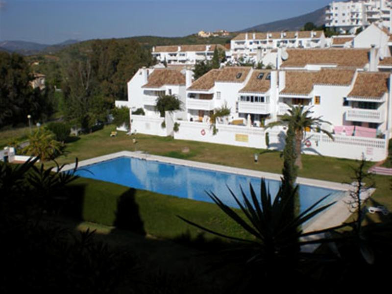 Cozy townhouse with one bedroom and one bathroom, with American kitchen and living room, with exit t,Spain