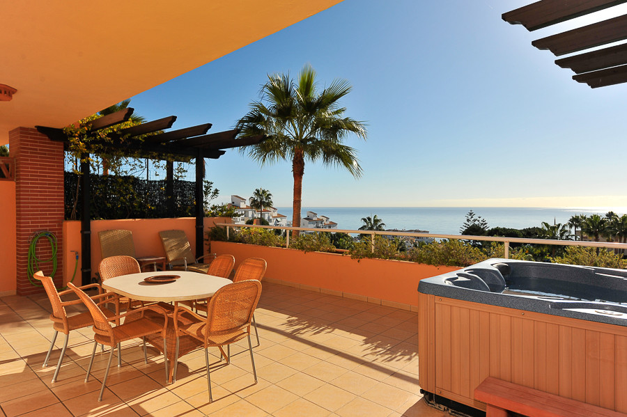 Located in the very popular resort of Club La Costa is this magnificent apartment offering a spectac,Spain