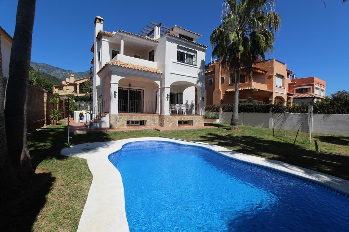 LOVELY VILLA FOR SALE IN MARBELLA  This beautiful Villa is very well located, in a quiet Residencial, Spain