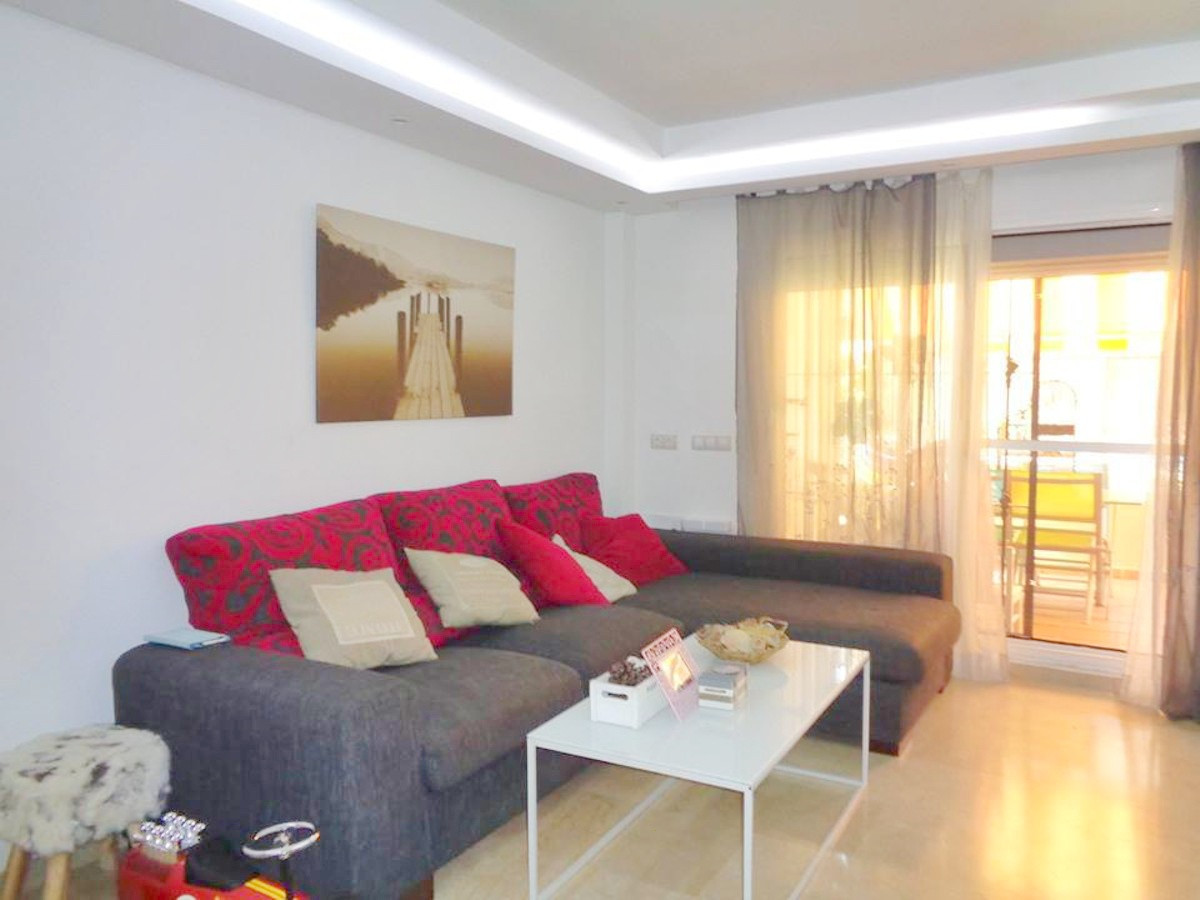 Beautiful apartment in calahonda. Completely refurbished it has 2 very spacious bedrooms with wardro, Spain