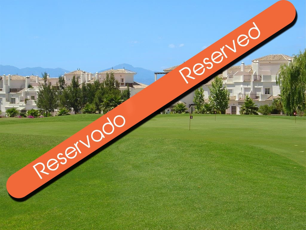 This large one bedroom apartment is located on Lauro Golf course and benefits from a lovely communal, Spain