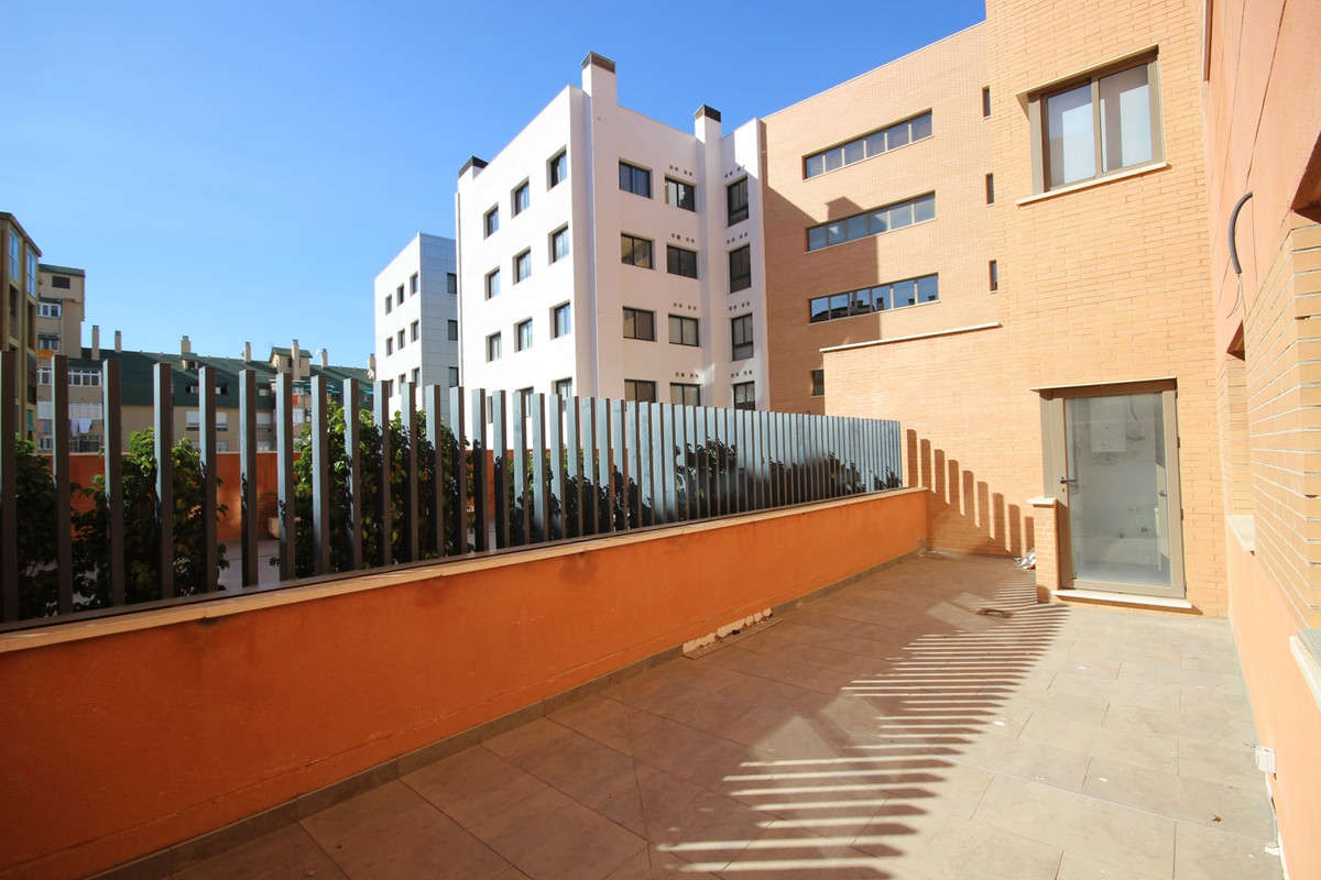 Never lived Ground Floor Apartment in Malaga Centro steps away from Vialia (AVE) Train Station and C,Spain