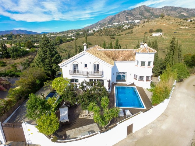 Fabulous Villa in Mijas with sea views, total privacy, large plot with orchard and sports area.  It , Spain