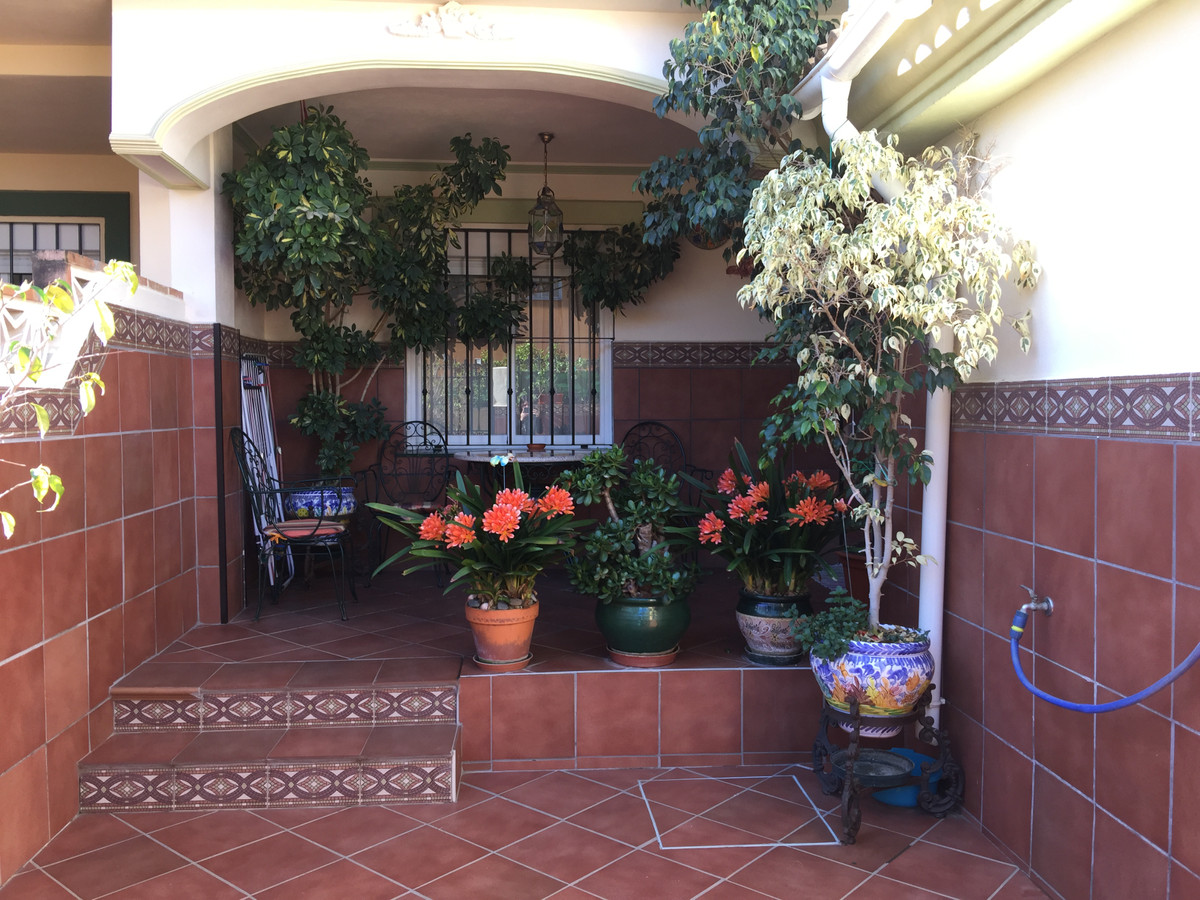 For sale splendid townhouse in the center of Alhaurin de la Torre. It is a house with 112m2 built si,Spain