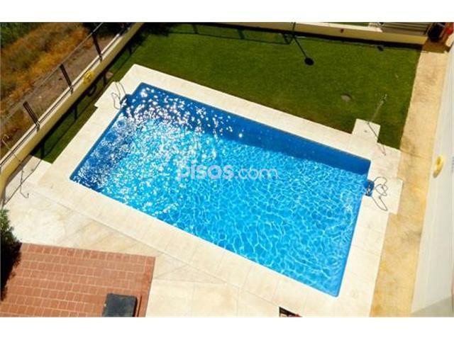 In the area of ??Torreblanca. Three bedrooms apartment, two bathrooms, American kitchen, living room, Spain