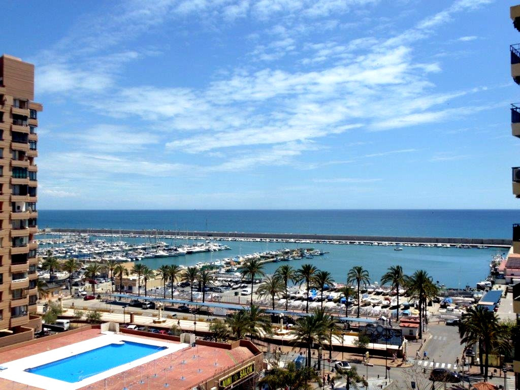 Unique opportunity to acquire in Fuengirola, Costa del Sol a duplex penthouse with sea views and 100,Spain