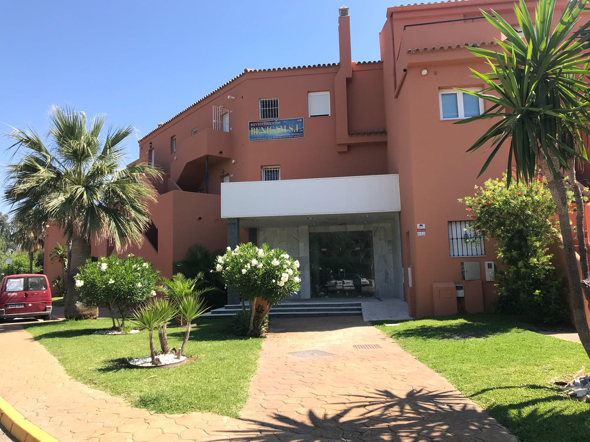 Loft completely renovated, on the beach. The house has a large and bright living room with open kitc,Spain