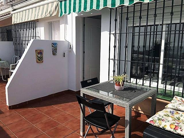 One bedroom apartment with a separate garage converted into a self contained  guest house. Total of , Spain