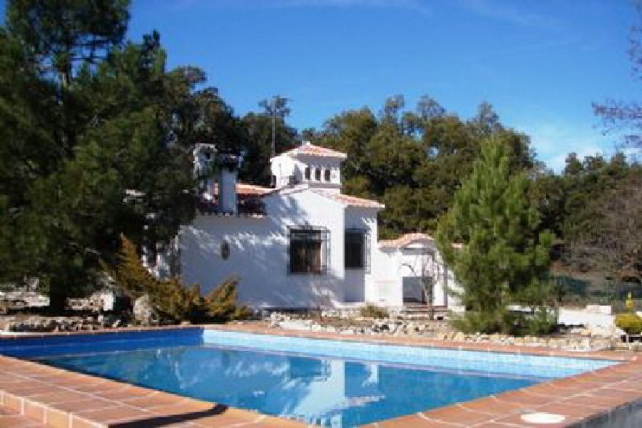 Marvellous Chalet with fantastic panoramic mountain views in a quiet area, fully furnished, ff-kitch, Spain