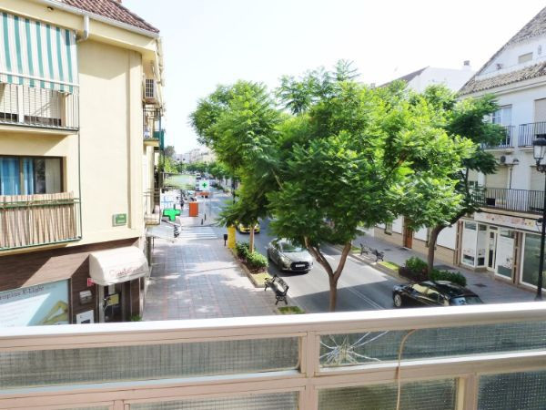 NEGOTIABLE PRICE.  Property in Fuengirola in the center of the town.  Charming bright one - bedroom ,Spain