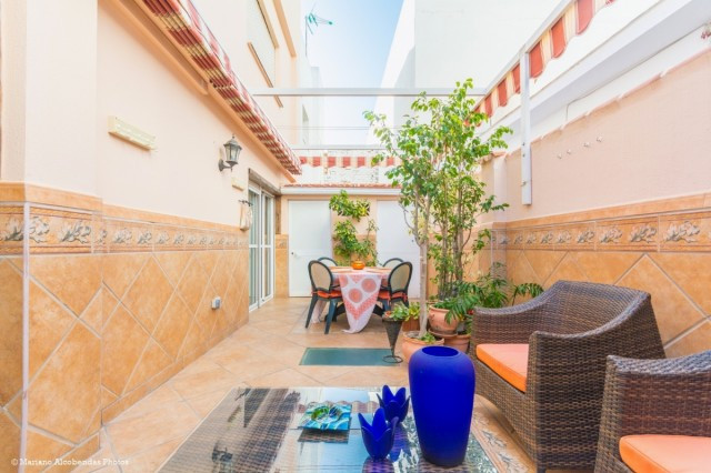 Beautiful renovated apartment in Las Lagunas with large backyard and interior yard.  It is distribut,Spain