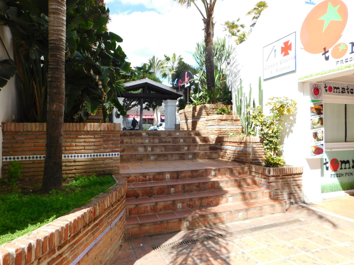 Disco bar for sale in Puerto Banus centre in a privileged location as it is a corner spot in the hea,Spain