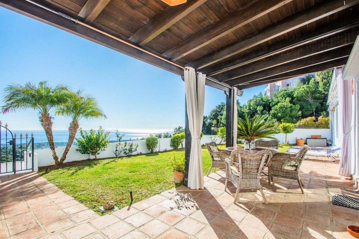 Wonderful south facing garden apartment in a quiet and peaceful location. Breathtaking views over th,Spain